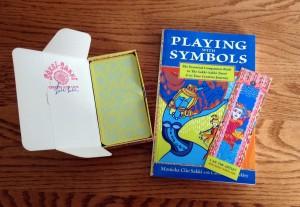 The Sakki-Sakki Tarot and Book