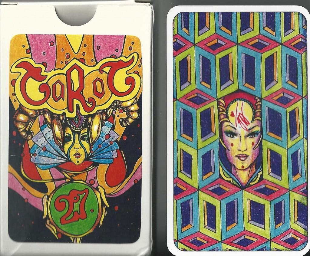 illusori tarot box and back of card