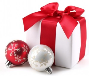 christmas-gifts-toys-white-background-2534475-1920x1200